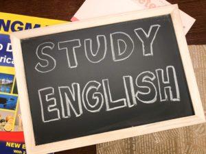 YOM-TOXで学ぶ英語de読書コース